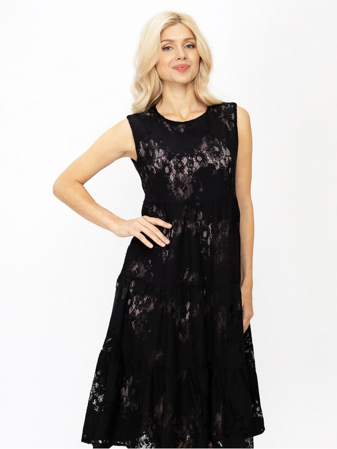 Летнее платье из кружева с воланами черное